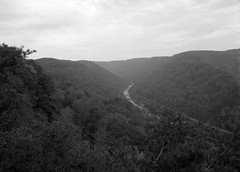 New River Gorge Bridge (.:Axle:.) Tags: park bridge vacation bw usa 120 film rollei mediumformat blackwhite nationalpark highway 645 driving pentax kodak roadtrip 11 wv westvirginia infrastructure interstate 6x45 newrivergorgebridge fayetteville asa100 appalachians xtol newrivergorge pentax645 filmphotography filmisalive rpx100 smcpentaxa64535mm135 rolleirpx100 believeinfilm