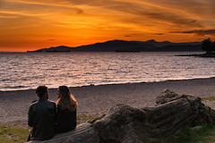 Lovers @ Sunset in Vancouver, British Columbia, Canada (April 2016) (*Ken Lane*) Tags: can geo:lat=4928775287 geo:lon=12314303756 geotagged vancouvernorthwestendstanleypark westend bc britishcolumbia britishcolumbiacanada canada canadiancity canadianseaportcity cityofvancouver ciudad coastalseaportcity gastown kanada northamerica pacificnorthwest seaportcity stad stadt vancouver vancouverbc vancouverbritishcolumbia vancouverbritishcolumbiacanada vancouvercanada vancouvercity vancouverite westcoast yvr ванкувер город канада カナダ シティ バンクーバー مدينة शहर เมือง แคนาดา 시티 캐나다 加拿大 市 28300 nikond800 nikon28300 nikon28300vr sunset couple lovers beach englishbay englishbaybeach nikonflickraward simplysuperb
