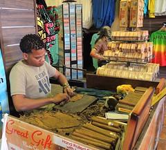 Bahamas (Nassau) Great Gift-Hand rolled Cubana cigars