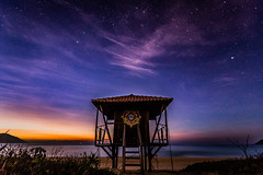 Starry Night at the beach (Pablo.Barros) Tags: 6d alvorecer beach brasil brazil canon canon6d fotografiadenatureza fotografiadeviagem grumari grumaribeach landscape manha morning nascerdosol nature naturephotography natureza paisagem praia praiadegrumari riodejaneiro southamerica sunrise travel travelphotography trip tripphotography viagem stars starry nightscape paisagemnoturna américadosul