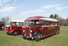 JG 9938 + JG 8720 (Gricerman) Tags: jg9938 jg8720 eastkent detling southeastbusfestival