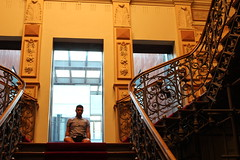. stairways . (Victor Oliveira - Foto) Tags: stair stairs boy itboy museum night walls windows