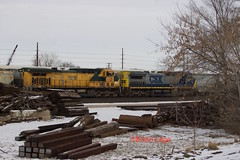 CSX7347 UP6720 (eslade4) Tags: up unionpacific marshalltown yard csx7347 c408w up6720 ac44cw cnw 8818