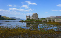 Dreaming about fairy tales (RIch-ART In PIXELS) Tags: eileandonan scotland eileandonancastle thehighlands lochalsh lochduich dornie castle leicadlux6 leica dlux6 landscape lough bridge schotland unitedkingdom seaweed water loch lake medieval hills mountainside