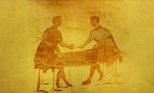 "Petteia - Ludus Latrunculorum  / Iconografía de las civilizaciones helenolatinas • <a style=""font-size:0.8em;"" href=""http://www.flickr.com/photos/30735181@N00/32399882381/"" target=""_blank"">View on Flickr</a>"