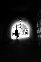 She's coming (parenthesedemparenthese@yahoo.com) Tags: dem amsterdam bn bw backlight blackwandwhite blancetnoir couple ete femme monochrome nb noiretblanc silhouettes tunnel woman canoneos600d contrejour day ef50mmf18ii entredeux hautcontraste highcontrast inbetween journee mur ombres summer thenetherlands wall
