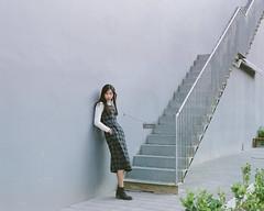(agbuggy~小蟲子) Tags: pentax67 90mmf28 fujifilm por400h 20170214 台中 歌劇院 ellie 小豬 女兒