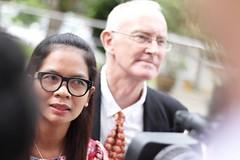 Alan Morrison and Chitma Sidasathien. The Phuketwan defendants  อลัน มอริสัน และชุติมา สีดาสเถียร นักข่าวภูเก็ตหวานที่ตกเป็นจำเลย ในวันที่ 1 กันยายน 2558 วันที่ศาลพิพากษายกฟ้อง http://freedom.ilaw.or.th/case/554