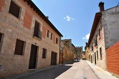 Astudillo (Palencia). Calle San Martín (santi abella) Tags: españa palencia castillayleón astudillo