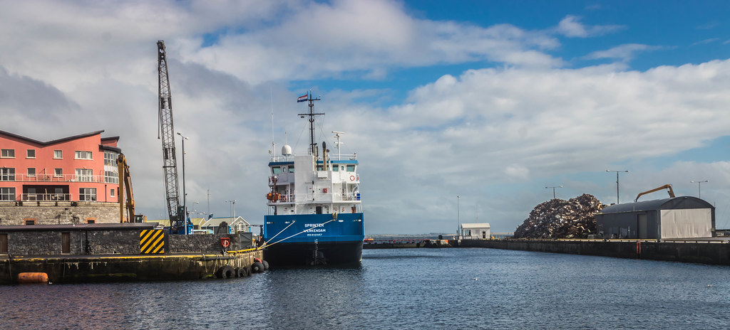 GALWAY HARBOUR AND DOCKLANDS [AUGUST 2015] REF-107495