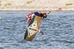 CFR7661 (Carlos F1) Tags: barcelona park water sport rio river canal jump spain agua nikon board extreme transport cable 300mm deporte salto wakeboard channel xtreme tabla transporte kneeboard olimpic ocp castelldefels d300 fise wakeskate boardsports