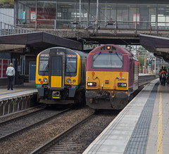 67024 350267 Stafford 09102015 (TheSilkmoth) Tags: db dbs ews lightengine class67 staffordstation 67024 dbschenker