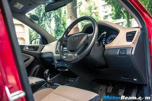 Hyundai-Elite-i20-Long-Term-21