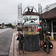 Just ate breakfast in Goreville, #Illinois... (Wrighteous) Tags: illinois midwest transam payitforward bicycletour uploaded:by=flickstagram instagram:photo=10254088042230454184909466