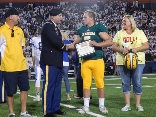"""Edison vs. Fountain Valley 10/31/15 • <a style=""""font-size:0.8em;"""" href=""""http://www.flickr.com/photos/134567481@N04/22633029955/"""" target=""""_blank"""">View on Flickr</a>"""