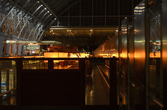 Champagne bar (Bahi P) Tags: station champagnebar searcys stpancrasinternational