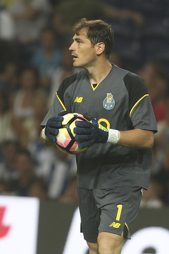 Iker Casillas (3)