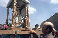 Lagonegro (PZ), 4 e 5 agosto 1974, pellegrinaggio sul monte Sirino per la festa della Madonna della Neve. (Fiore S. Barbato) Tags: italy basilicata lucania lagonegro monte sirino madonna neve festa feste pellegrinaggio pellegrinaggi massiccio potenza pellegrini