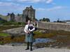 As Scottish as it can be (RIch-ART In PIXELS) Tags: eileandonancastle scotland thehighlands bagpipe eileandonan dornie leicadlux6 leica dlux6 castle medieval schotland unitedkingdom bridge