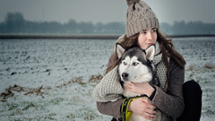 Friends . . . (Geraldos ) Tags: shoot photoshoot annefleur storm dog husky landscape area winter cold frozen together love beloved mood atmosphere portrait strong sterk blik look nikon105mmf2ddc nikon d800 geraldos geraldemming