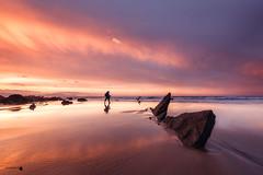 Golden Light (Caramad) Tags: mar landscape sunset olas puestadesol rocks agua longexposure luz sol bizkaia color wave sea seascape marcantábrico barrika rocas playa
