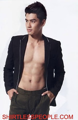 Thai Actor Phet Thakrit Hamannopjit shirtless moments (SHIRTLESS PEOPLE) Tags: shirtless people hunks hot guys men homme maenner homens hombre