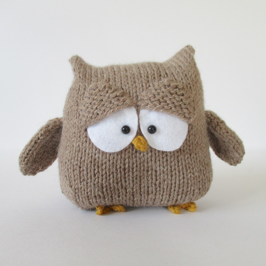 Free Knitted Owl Patterns : The Worlds Best Photos by knitting patterns by amanda berry - Flickr Hiv...