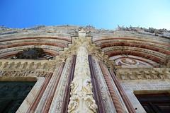Let's Aim to the Skies (endriuthomas) Tags: italy architecture italia gothic columns siena duomo architettura colonne gotico facciata marmi