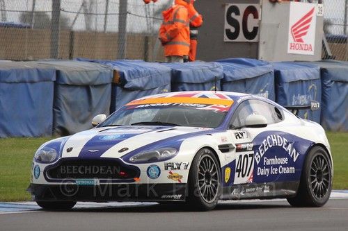 The Beechdean-AMR Aston Martin V8 Vantage GT4 of Jamie Chadwick and Ross Gunn in British GT Racing at Donington, September 2015