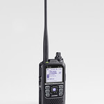 携帯型デジタル無線機の写真