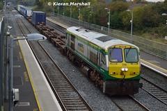 218 passes Kildare, 14/10/15 (hurricanemk1c) Tags: irish train gm rail railway trains railways irishrail 201 kildare generalmotors 218 2015 emd iarnród éireann iarnródéireann iwtliner industrialwarehousingandtrading 1140ballinanorthwall