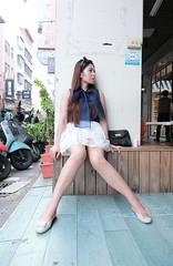 一中街聯亭 (CasaDeAM) Tags: sun lady restaurant women pretty leg wife beautifulgirl