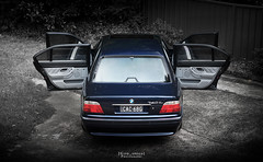 Open for business. (God_speed) Tags: blue night contrast outdoors long doors moody open looking good rear style 1999 pre bmw bangle beamer orient limousine 90s 7series beemer 745 elegance bimmer 750 7er 740 wheelbase e38 740il 00s