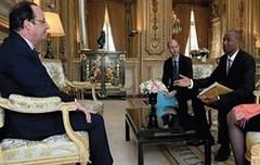 Michel Thierry Atangana reçue par François Hollande