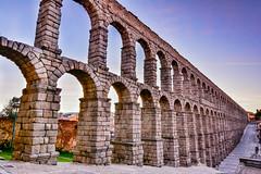 Acueducto de Segovia al amanecer, diciembre de 2016 (Enrique del Barrio) Tags: segovia castillayleón españa acueducto roma antiguo worldheritagebytheunesco granite spain spanishculture siglo i