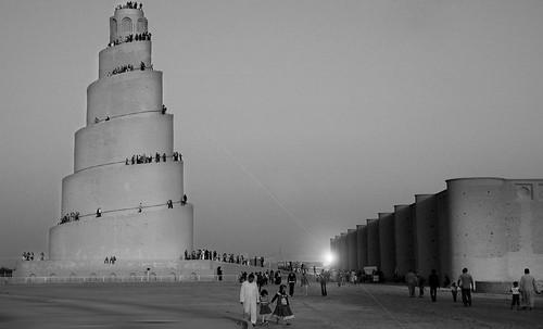 "Torres legendarias / Faros, minaretes, campanarios, rascacielos • <a style=""font-size:0.8em;"" href=""http://www.flickr.com/photos/30735181@N00/31722253793/"" target=""_blank"">View on Flickr</a>"