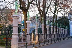 Square du Petit Sablon, Brussels (jackfre 2) Tags: belgium brussels square petitsablon squaredupetitsablon garden statues sculptures pillars pond egmontandhorn