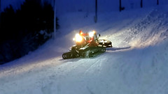Up again. (Papa Razzi1) Tags: 8571 2017 009365 pistenbully upagain preparing shaping slopes snow winter january stockholm city xperiax