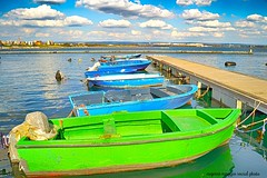 taranto (eumag) Tags: puglia taranto italia barca barche marjonio maremediterraneo nikon nikond3100 gulfoftaranto golfoditaranto mare sea cielo sky nuvole clouds panorama