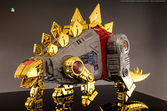 FansToys_Snarl_dino (Weirdwolf1975) Tags: tfylp transformers podcast fanstoys ft06 ft07 sever stomp dinobots sludge snarl masterpiece