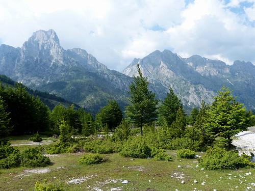 Idilli táj a Valbona-völgyben
