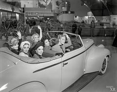 1939 ... car-o-chics! (x-ray delta one) Tags: jamesvaughanphotography populuxe retro advertising americana nostalgia suburbia suburban magazine popularscience popularmechanics atomic housewife car conceptcar