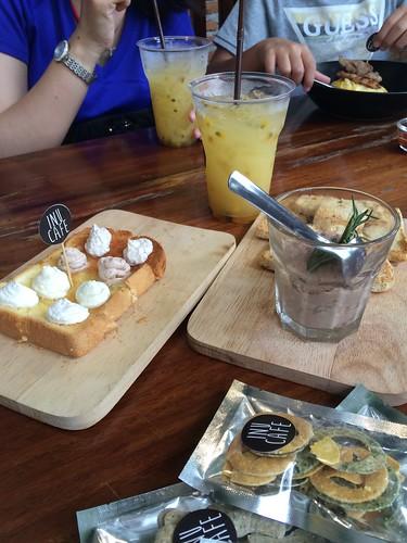 Inu cafe at Hua Hin