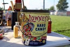 Lowney Hard candy (Susan Hancox Reid) Tags: canada tin candy montreal can packaging fleamarket deicious lowney hardcandy 5lb lowneys