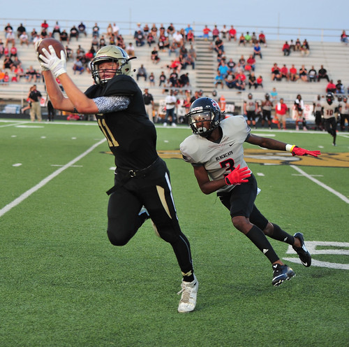 """Big catch vs Mexia. 8.28.2015. Jr. year. • <a style=""""font-size:0.8em;"""" href=""""http://www.flickr.com/photos/38444578@N04/21038982906/"""" target=""""_blank"""">View on Flickr</a>"""