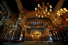 SALEH MOSQUE - PRAYER AREA, Sanaa, Yemen (..friend_faraway..) Tags: building big islam prayer entrance courtyard mosque huge yemen sanaa masjid external salehmosque