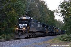 NS 8780 GE D9-40C (31T) (Trucks, Buses, & Trains by granitefan713) Tags: train diesel ns locomotive ge generalelectric freighttrain norfolksouthern dash9 c409 mixedfreight manifesttrain standardcab d940c manifestfreight narrowcab ged940c