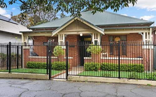 47 Parry Street, Cooks Hill NSW