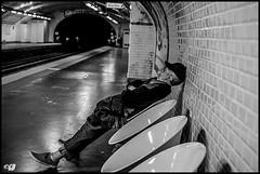 Un sommeil profond et un réveil en pleine forme et revigoré. (dumontet.gilles) Tags: street urban en paris monochrome up underground subway that is blackwhite wake noiretblanc you sleep métro un end et result forme réveil deeper sommeil the refreshed pleine allows paname profond spleep rejuvenated horisontale revigoré sonya7r