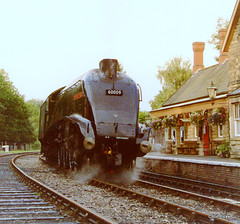 Highley 2001 (colinfpickett) Tags: station track engine railway steam a4